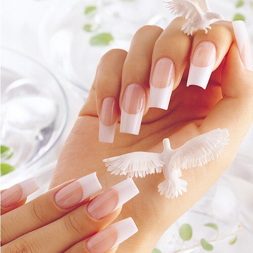 ESCAPE NAIL SPA 1